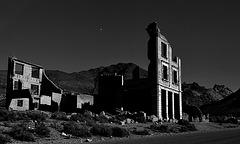 Ghosttown Rhyolite in the moonlight......