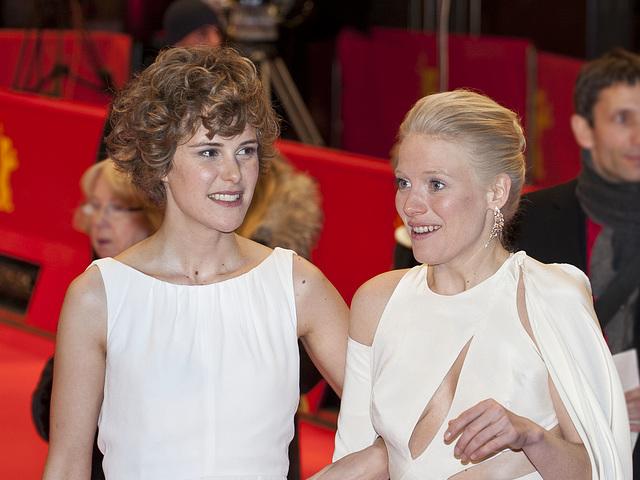 Carla Juri, Laura Birn