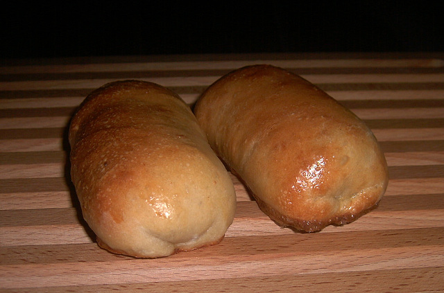 Worstenbroodjes (de laatste twee)
