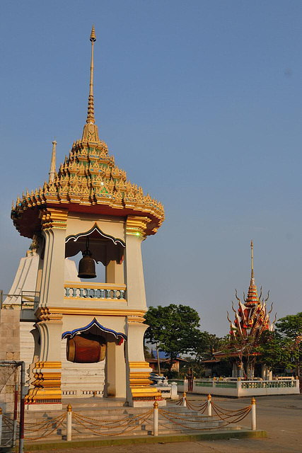 The bell tower (Ho Rakang หอระฆัง) of the Wat Sri Prawat