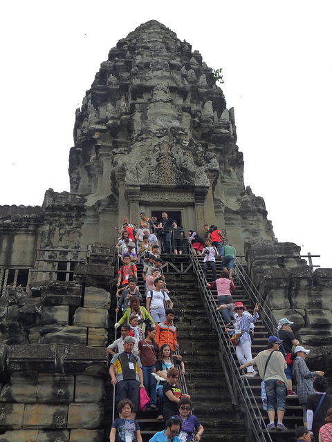 Tourist Overload (Khmer New Year) #2