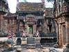 Banteay Srei- Courtyard