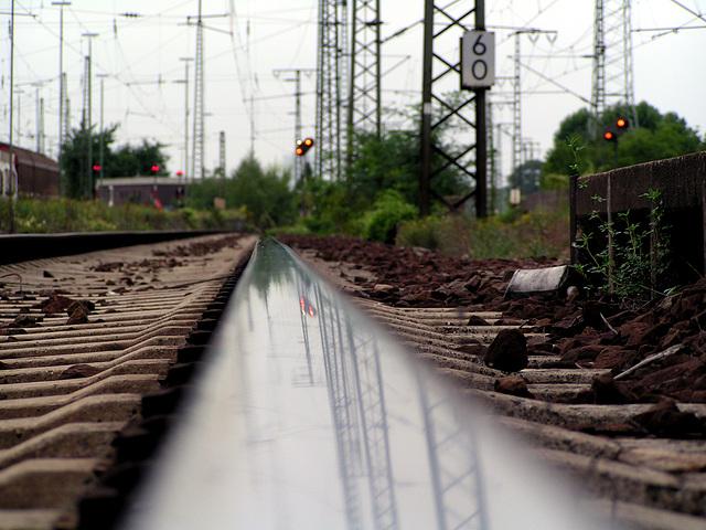 Am Bahnhof Mannheim Seckenheim 10