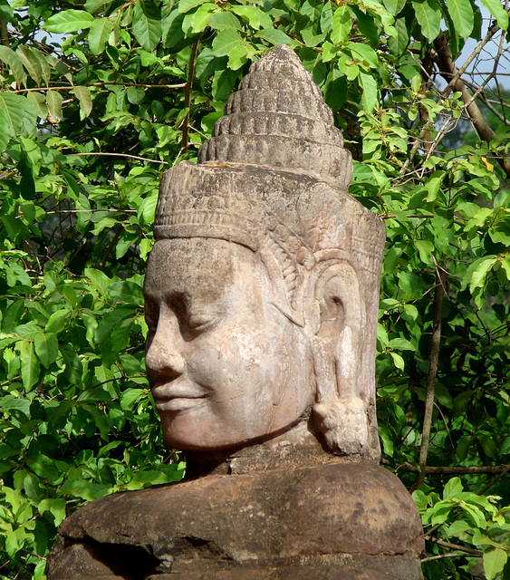 Angkor Thom- Another Stone Head