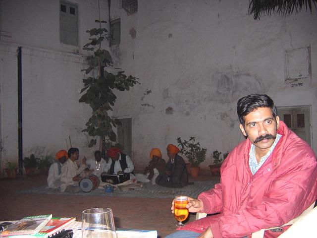 18:1* Dungarpur to Amla Fort BIS - 21