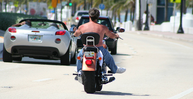 Motorcyclist.AtlanticBlvd.Beach.FLFL.23jul08