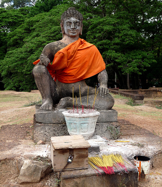 Angkor Thom- Shrine