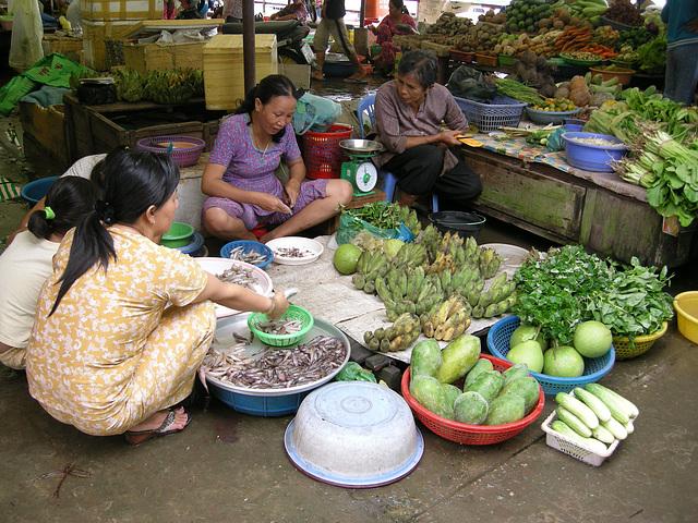 Markt auf festem Boden