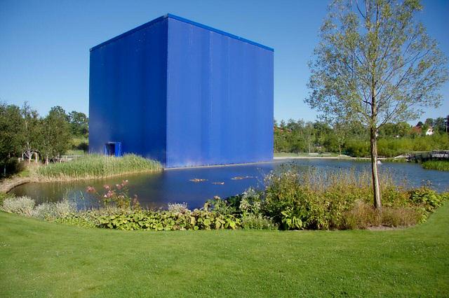 "Danfoss Universe - the ""Ice cube"""