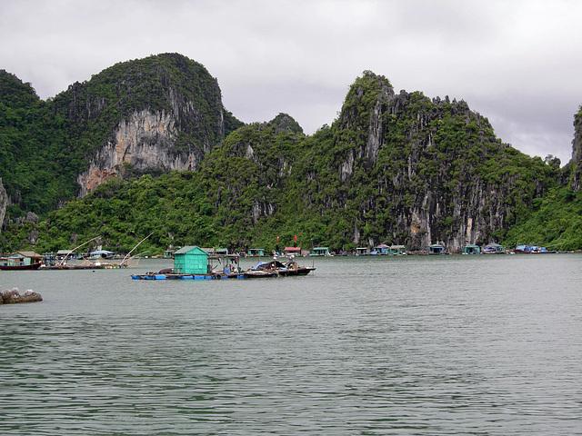 schwimmende Siedlung der Fischer