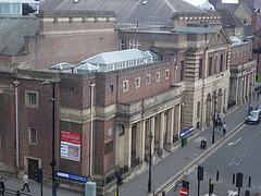Newcastle : bains publics et mairie