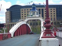 Newcastle : pont à bascule.