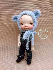 Look who is wear our bear hat  ^^