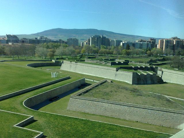 Pamplona: fosos de la Ciudadela.