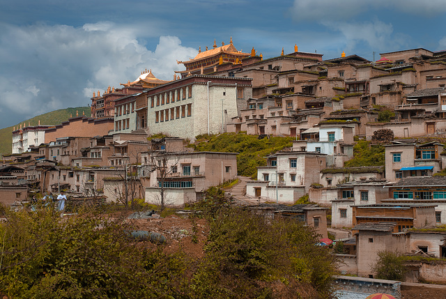 View to the Songzanlin Monastery complex