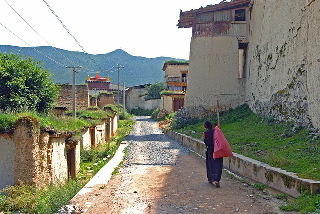 Living quarter behind the Songzanlin Monastery