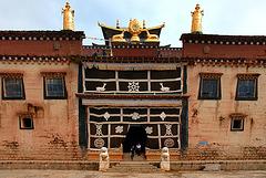 Main entrance to the Songzanlin Monastery