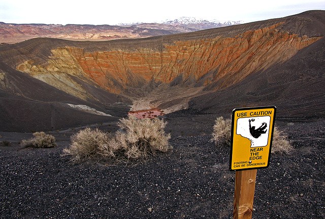 Ubehebe Crater - Footing Can Be Dangerous (8285)
