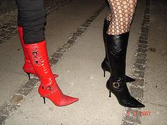 Copenhagen en rouge et noir / All in Red & Black - With permission.