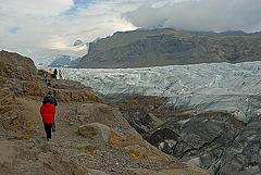 Coming closer to the Svinafellsjökull glacier