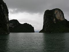 Felsen und Wasser