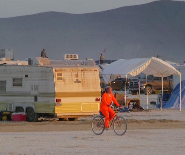 Orange Cyclist (1272)