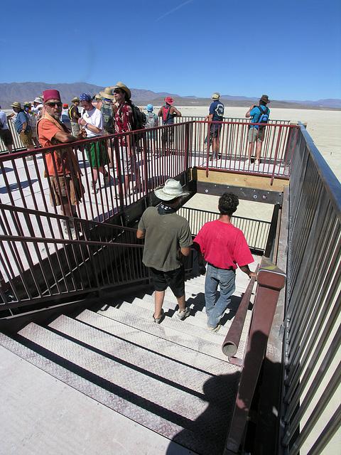 Babylon Stairway (8126)