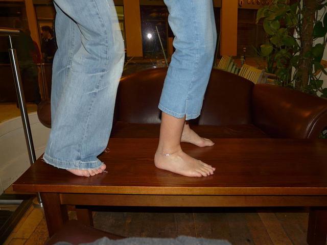 Lin's Party - Happy Feet :)