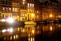 Amsterdam - Wet flash ......Tape-à-l'oeil trempé.... November 11th 2007.