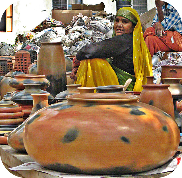 Seller of pots