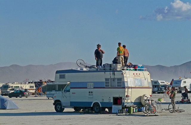 RV Rooftopping (1269)