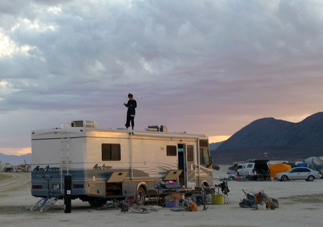 RV Rooftopping (1288)