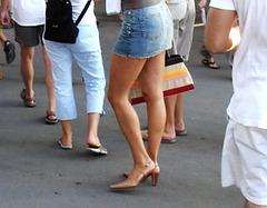 Miniskirt and heels/ Mini-jupe et talons hauts