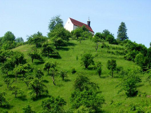 La kapelo sur monto kun herbejo  (Wurmlingen)