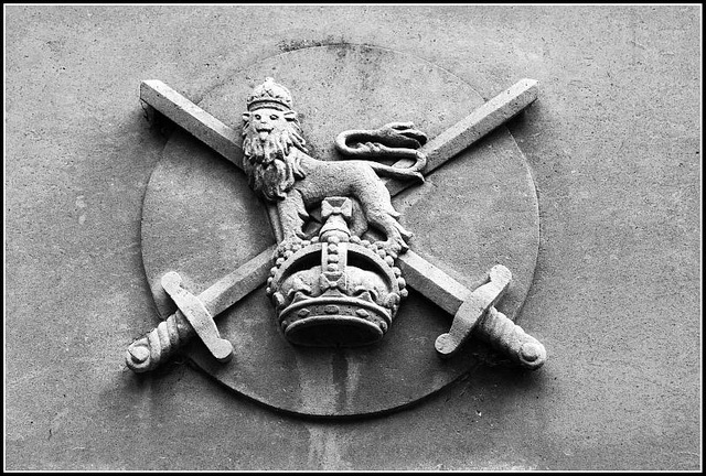 War Memorial Guildhall Square Portsmouth - Army Crest