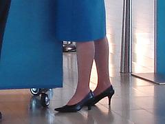 Typical KLM high heels / Talons hauts typiques de KLM à l'aéroport Schiphol de Amsterdam.  12 novembre 2007.