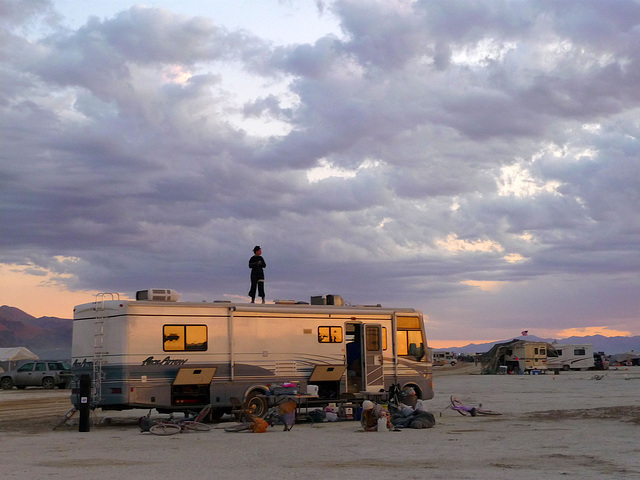 RV Rooftopping (1289)
