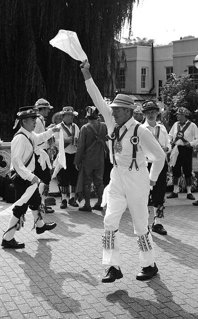 Guildford Morris Dancers 4 IID 5cm Elmar