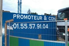 panneaux-insolites-clamart-france-1312911932-1072870