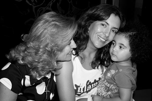 Three Generations, Rafaela + mammy - grandma (2)