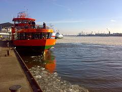 Hamburg, Landungsbrücken, zur Mittagspause