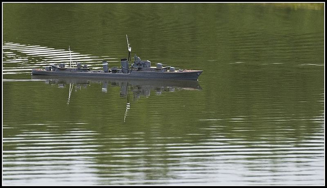 Lakeside Eastleigh - model warship