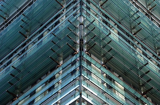 2 hours in Graz - 065 - Glass Architecture