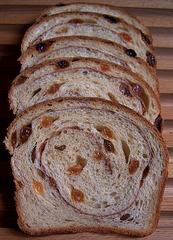 Raisin Bread with Cinnamon Swirl