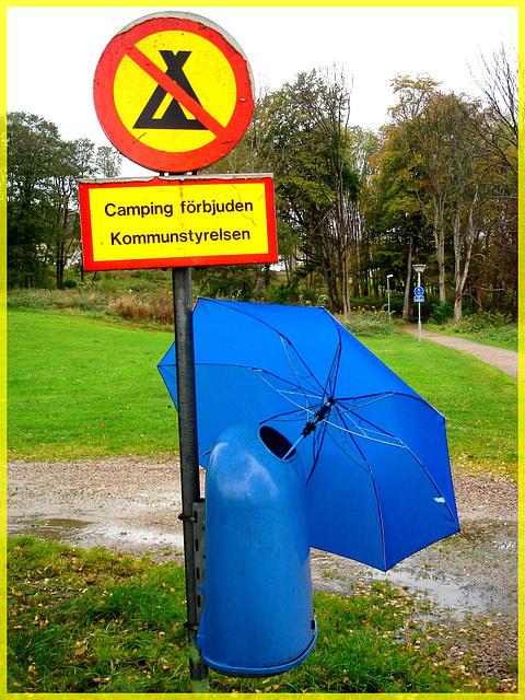 Camping interdit / Camping forbidden - Båstad , Suède.
