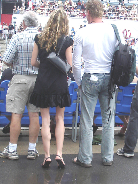 Escarpins vertigineux du jour / Dizzy stilettos heels of the day