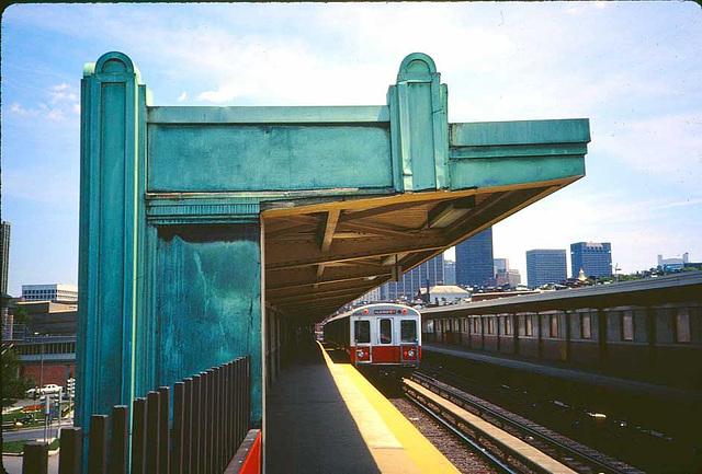 Charles Station