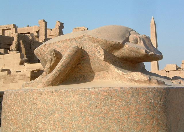 Le scarabée : Karnak, Egypte