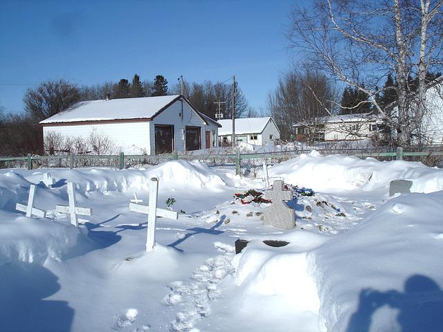 White Cree cemetery