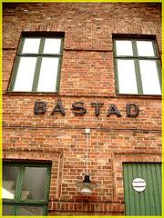 Gare de Båstad  /   Båstad  train station-  Sweden  / Suède.  Octobre / Octobre 2008.
